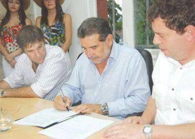 Firmaron el acta constitutiva del Consejo Federal Olivícola