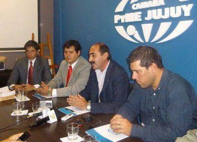 Firmaron convenios entre cámaras para fortalecer el sector privado
