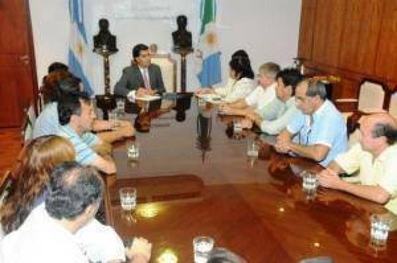 Provincia inició negociaciones con Sindicato de Trabajadores judiciales