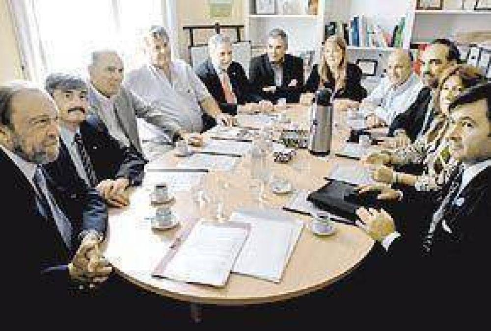 Stolbizer y los radicales quieren a la dirigencia del campo en sus listas