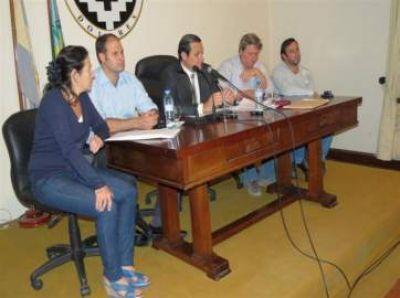 Conferencia del Intendente sobre Medida Cautelar para que no prosigan las obras en el Parque Termal