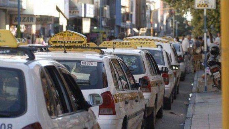 "Peones de taxis no quieren ser ""arrendatarios"""
