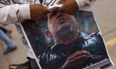 """""""Será bastante difícil embalsamar a Chávez"""""""