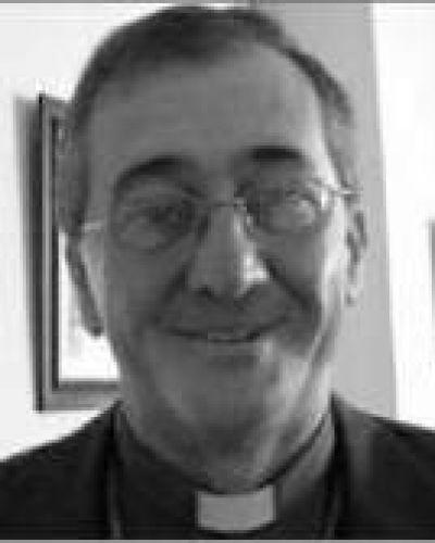 """""""Bergoglio ha sido un padre para los obispos argentinos, estoy impactado y gozoso"""", expresó monseñor Martínez"""