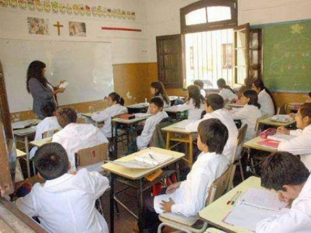 Suteco busca reflotar el conflicto en Educación