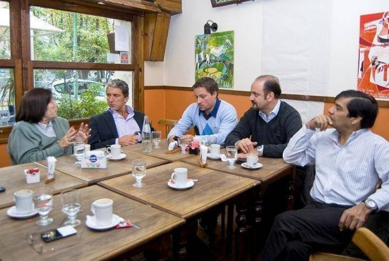 LA CGT SE REUNIÓ CON PEPE SCIOLI POR EL CONFLICTO DEL PUERTO