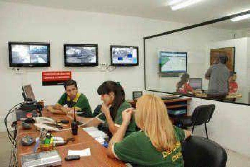 Quieren llegar a las 150 cámaras Morón presentó su sistema de monitoreo