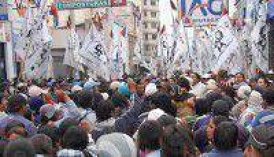 Organizaciones sociales deciden hoy si continúan con la protesta