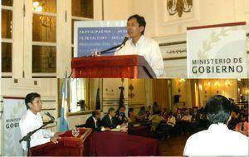 El candidato a Diputado Nacional Dante Aucapiña participó en el debate sobre la Ley de Comunicación.