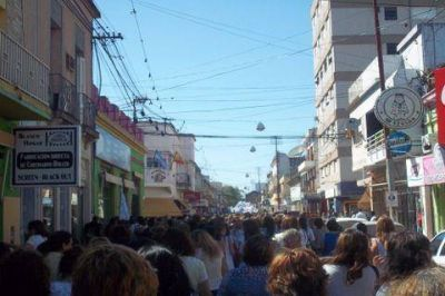Los docentes de la ciudad comenzaron una nueva semana de paro y movilización