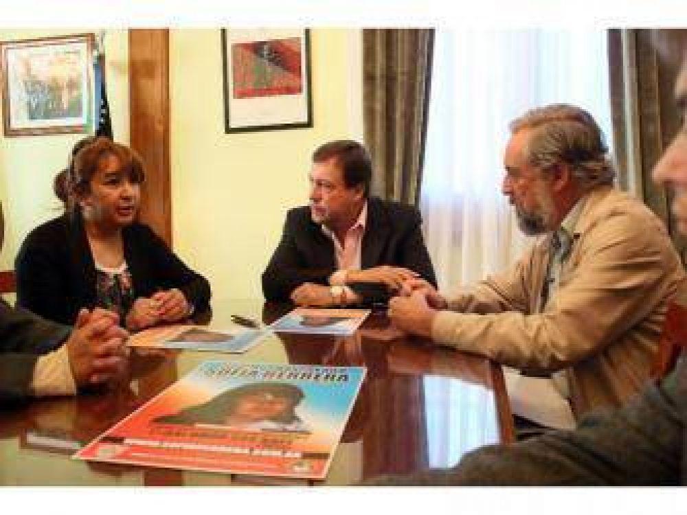 Weretilneck recibió a María Elena Delgado, madre de Sofía Herrera