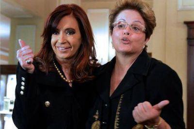 La Presidenta se encontró con Dilma Rousseff y regresa a la Argentina
