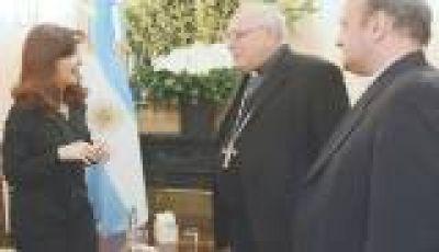 Tras saludar al Papa, Cristina retomó el dialogo con la Iglesia