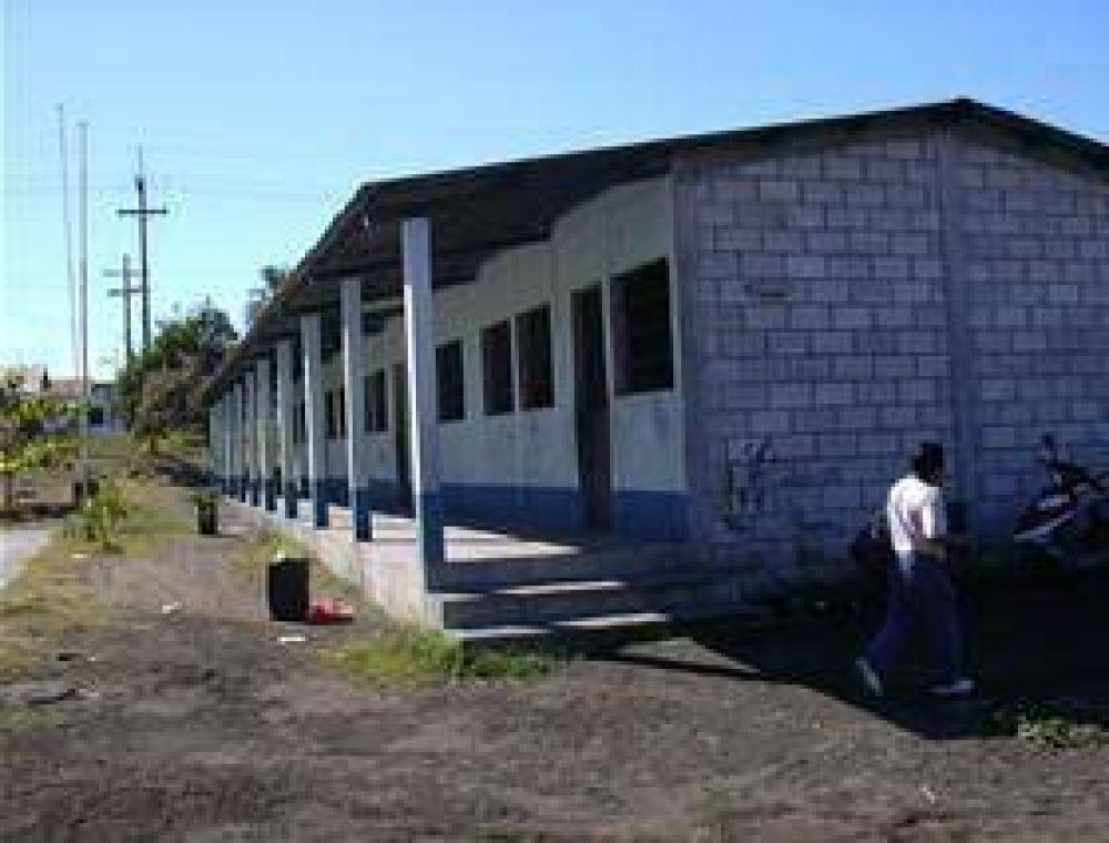Entregaron subsidios para la escuela Nº1.185