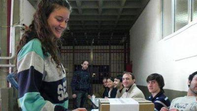 Impulsarán un nuevo proyecto para el voto joven en Entre Ríos