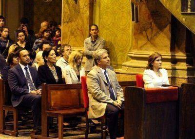 Asunción de Francisco I: el Gobernador participó de una misa en la Catedral