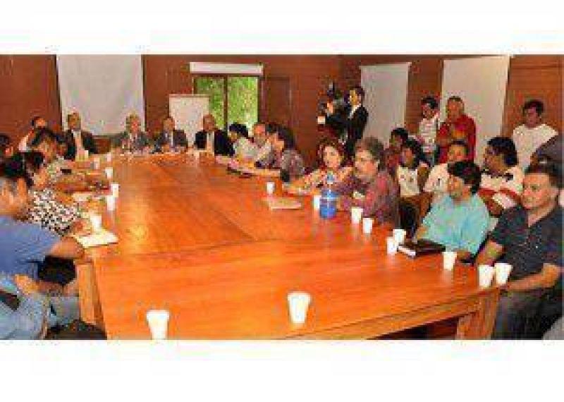 Cuarto intermedio en la reunión entre los gremios estatales de Jujuy