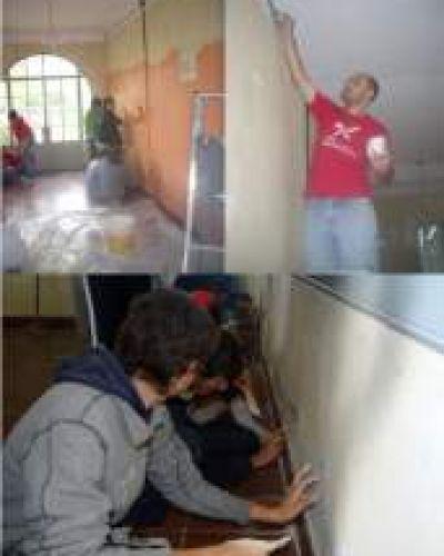 La Juventud Radical de Dolores llevo adelante una jornada más de trabajo en escuela rural