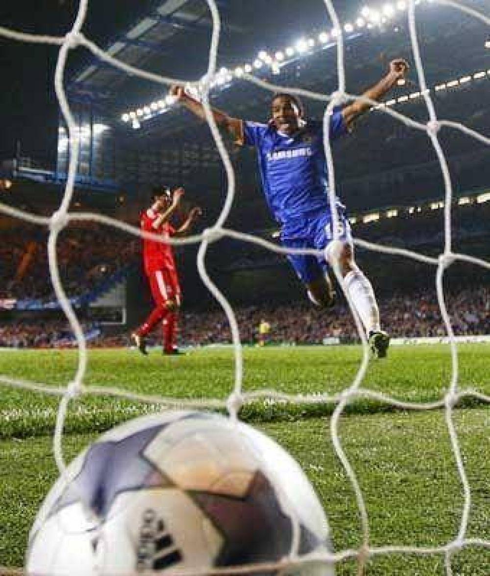 Chelsea consiguió el pase en el partido del año.