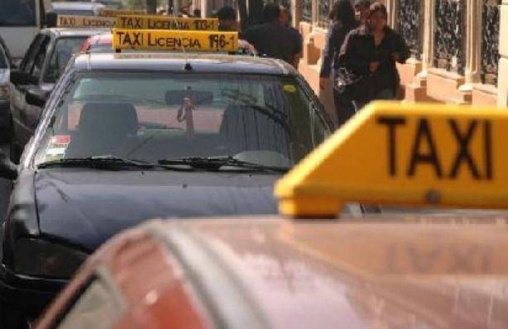 El municipio otorgará créditos para renovar taxis y remises