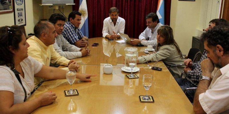 Mesa de salarios: El Municipio de Ushuaia acord� con los gremios