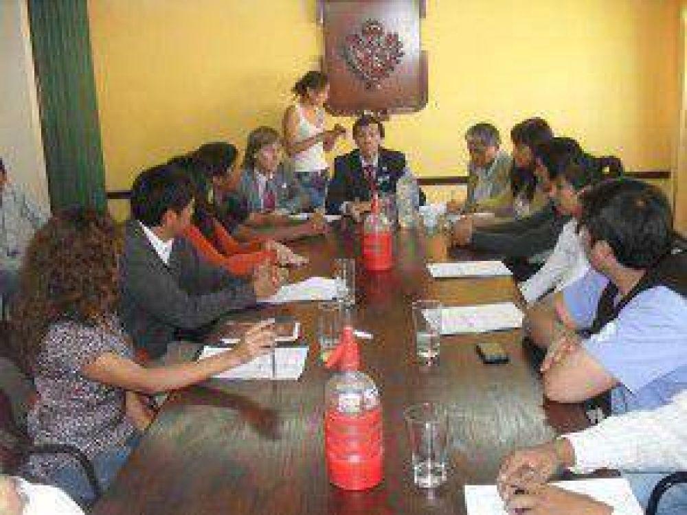 Boleto Estudiantil Universal y Gratuito: concejales se reunieron con referentes de agrupaciones políticas en las distintas facultades