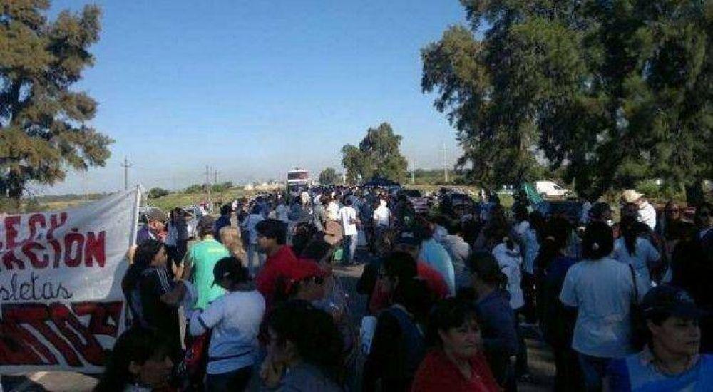 Atech va a paro en repudio a la represión a docentes