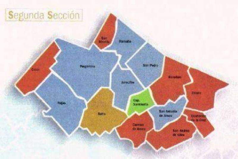 Todos quieren mojar Guerra de encuestas y de nombres en la segunda sección electoral bonaerense