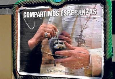 El fenómeno del papa Francisco se mete de lleno en la campaña electoral
