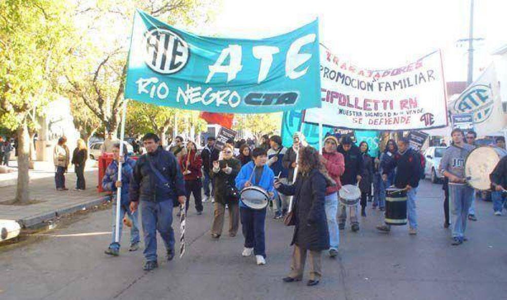 """ATE rechazó """"tercerización"""""""