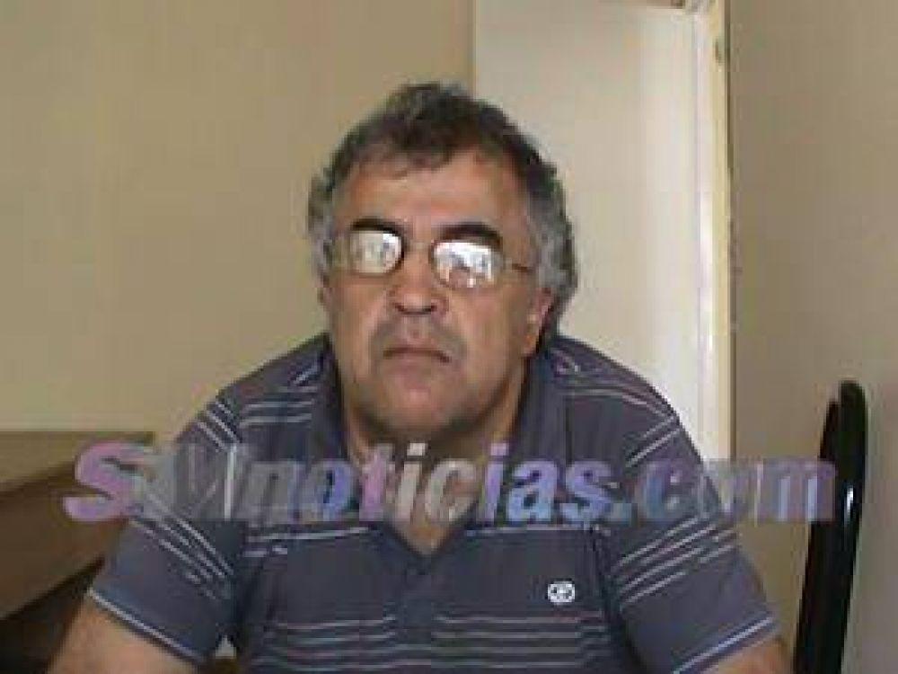 """Fabián Alessandrini: """"El gobierno provincial quiere enfrentar a los estatales con la sociedad"""""""