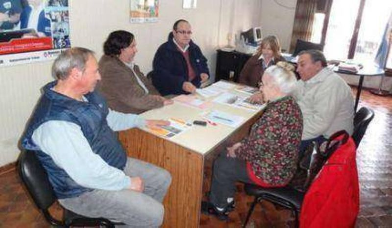 Adelanto: el Sindicato Municipal tambi�n rechaz� la propuesta y va al paro