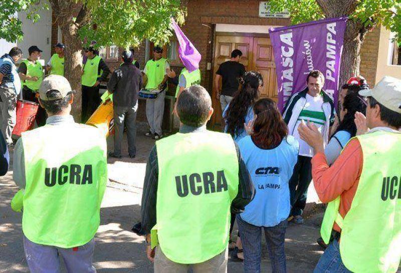 UCRA: �estamos en democracia y podemos elegir qui�n nos representa�
