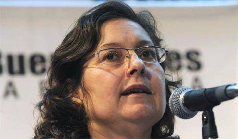 Ocaña negó la emergencia nacional y pidió no hacer política con el dengue