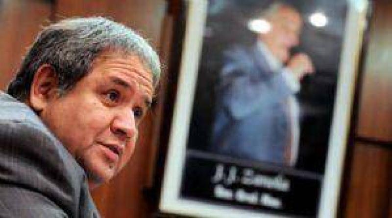 El mendocino Palazzo busca legitimarse como líder de La Bancaria
