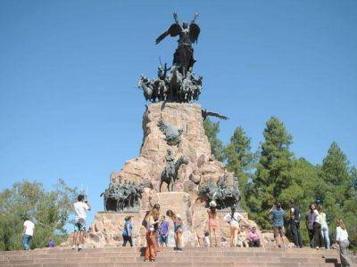 Arribaron 40 mil turistas y 15 mil mendocinos viajaron a Chile