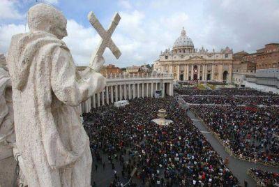 """El Papa pidió por la paz en el mundo y llamó """"esclavitud del siglo"""" a la trata de personas"""