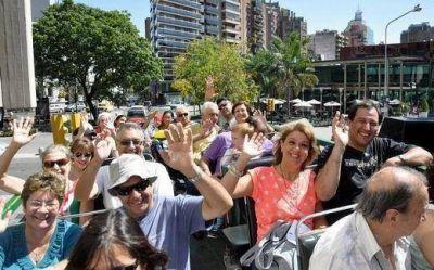 """El fin de semana """"extra largo"""" deja 696 millones de pesos en Córdoba"""