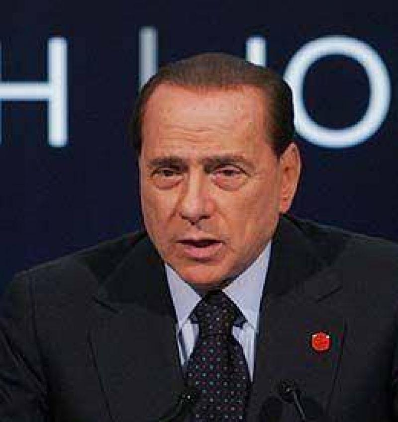 Italia: Berlusconi anunció referéndum para modificar la ley electoral y reducir a la oposición