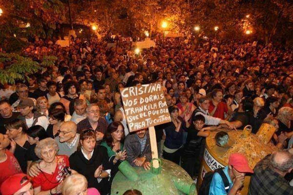 Inseguridad / El autor del homicidio tiene 14 años y antecedentes penales Claman justicia por un crimen en Lanús