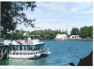 56 por ciento más de turistas en oficinas de informes en el los seis días de feriados
