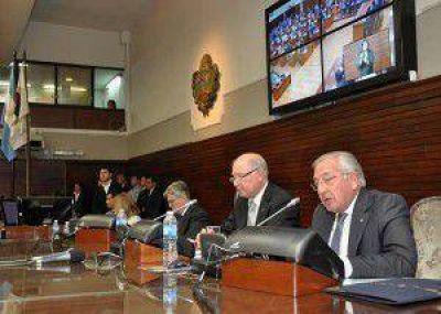Fellner inauguró el periodo de Sesiones Ordinarias 2013