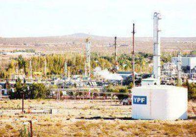 Investigan a petroleros por el robo de crudo