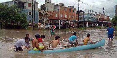 La intensa lluvia de ayer afectó las actividades en toda la ciudad