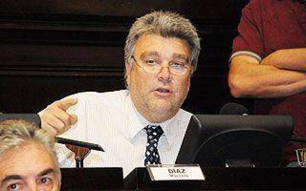 Sigue la incertidumbre sobre quién ocupará la banca de Gutiérrez