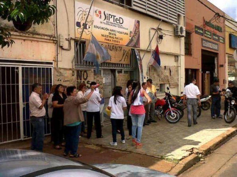 Los empleados del Sipted volvieron a protestar