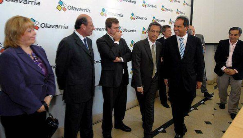 Scioli pidió a intendentes del FpV que sean candidatos a concejales