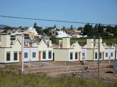Vergonzosa maniobra del Gobierno para entregar viviendas a los amigos