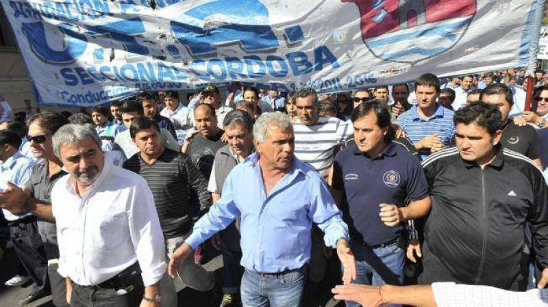 UTA sumó apoyos y evalúa más protestas