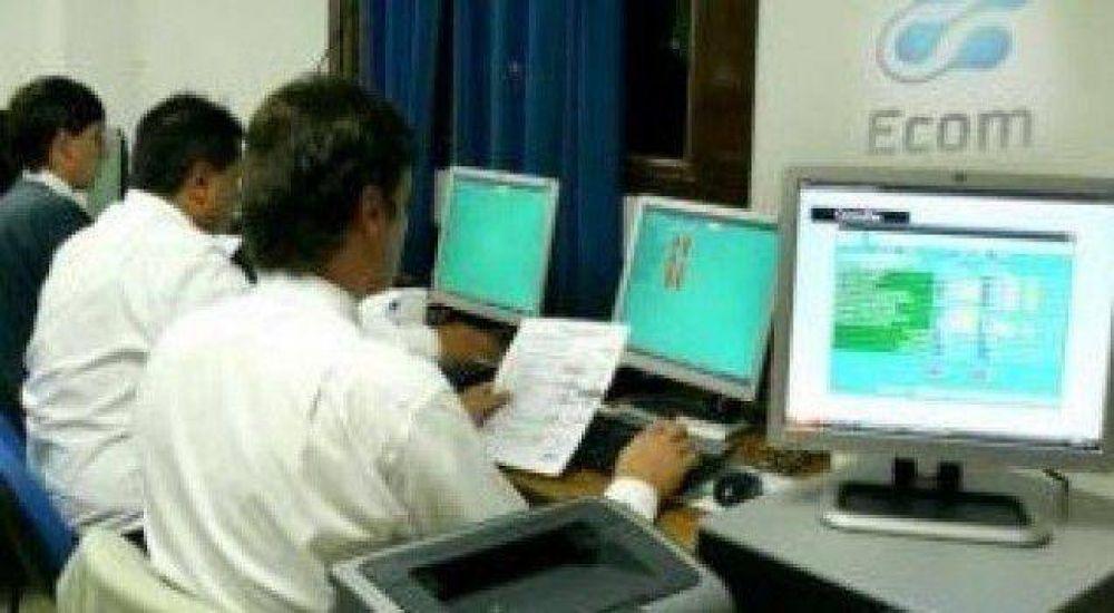 Trabajadores alertan sobre despidos en Ecom Chaco